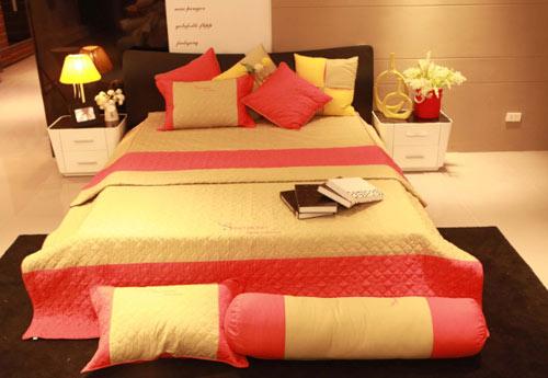100% Cotton High Quality Bedding set (Drap, Blanket, Pillow case)