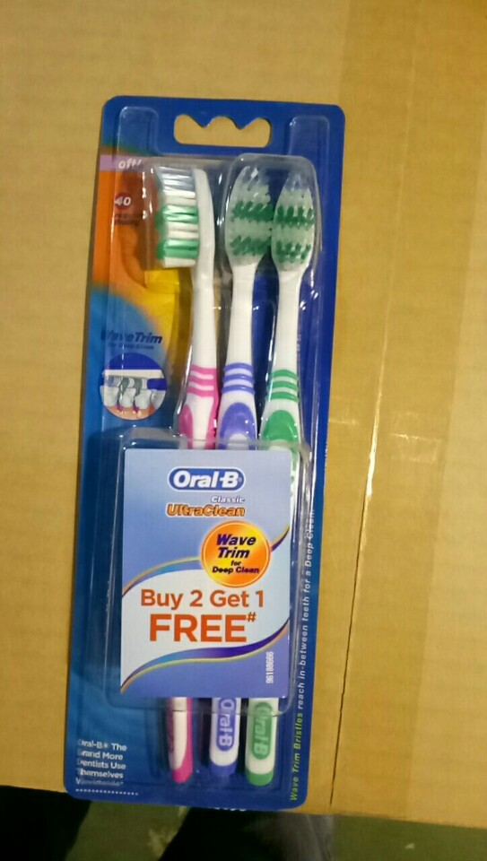 Oral B Classic UltraClean pack of 3
